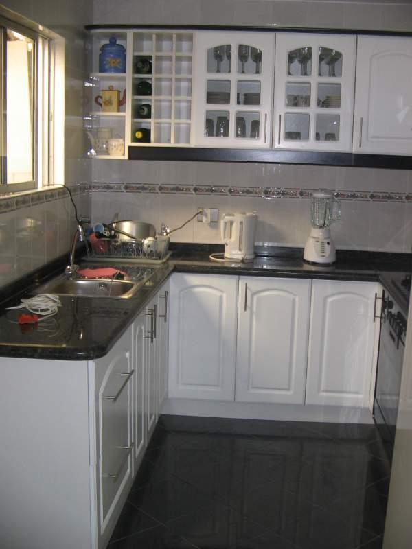 Cocina de madera y mármol comprar en Quilpué