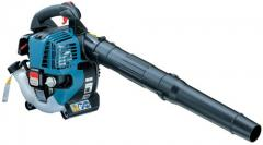 Electrical garden vacuum cleaners
