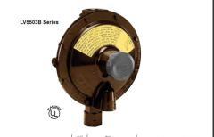 Flow regulator, gas
