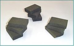 Articles made of heat-resistant rubber on the base