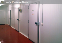 Gate automatic for refrigerating rooms