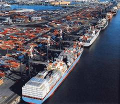 Servicios de transporte carga maritima en general